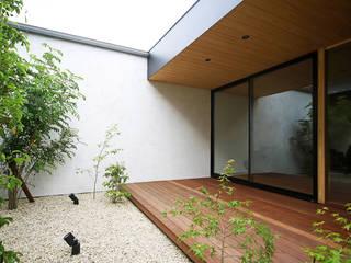 kisetsu Modern style gardens Wood White