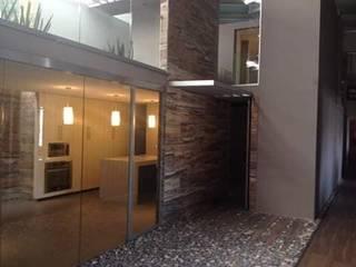 Ortiz Construcciones y Remodelacion Integral HouseholdAccessories & decoration Aluminium/Seng Metallic/Silver