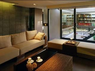 東方桃花源的寧靜住所 鼎爵室內裝修設計工程有限公司 客廳