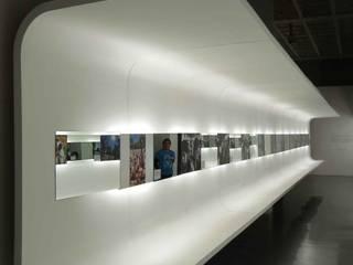 Modernes Messe Design von Maquiladora de Muebles Modern