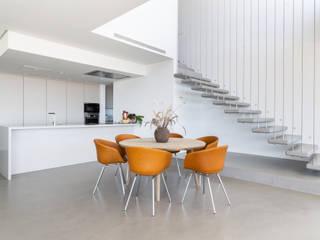 JCCalvente Minimalist dining room