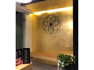 DE LEON PRO Commercial Spaces Amber/Gold