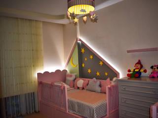 Burcu İmamoğlu Mimarlık – Çocuk Odası Tasarımı: modern tarz , Modern