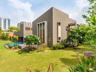 Ashok Vatika Nowoczesne domy od Inclined Studio Nowoczesny