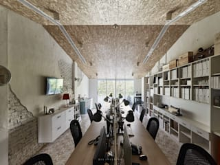 理絲室內設計有限公司 Ris Interior Design Co., Ltd. Mediterranean style study/office Chipboard Grey
