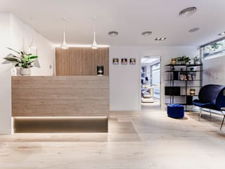 Scandinavian interior design for commercial project de Stockholm Barcelona Design - Interioristas en Barcelona Escandinavo