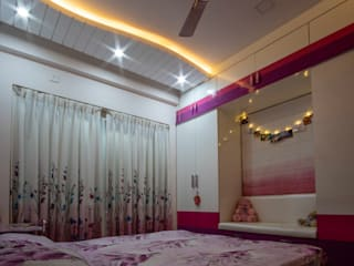 2BHK Bedrooms:  Small bedroom by Celestial Designs,