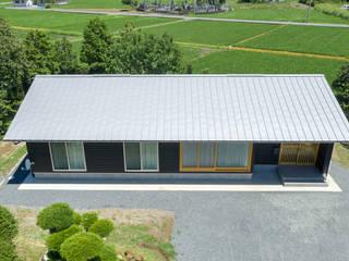 矩形の平屋 日本家屋・アジアの家 の 田中洋平建築設計事務所 和風
