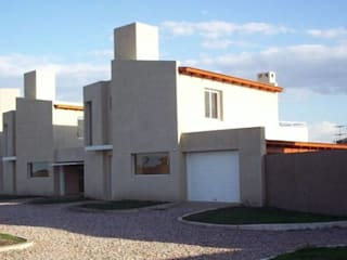 por Rojas Guri Arquitectos Moderno