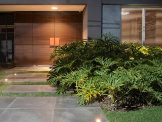 de Carolina Fagundes - Arquitetura e Interiores Moderno