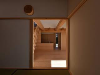 愛知の木組み: 水野設計室が手掛けた和室です。,