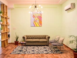 Co work space Tropical style bedroom by Designs by Sunakshi Tropical