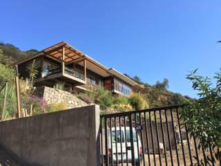 Vivienda Gomez: Casas de estilo  por Patricio Oteiza, Moderno