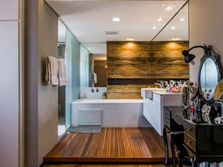 BANHO MASTER: Banheiros  por Mazorra Studio,Moderno