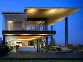 Houses by Echauri Morales Arquitectos, Modern
