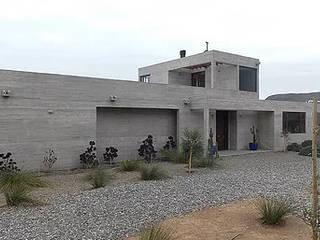 Cascabeles Casas estilo moderno: ideas, arquitectura e imágenes de Construccion Americana Moderno