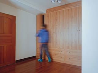 de 麗馨室內裝潢設計 LS interior design Rural