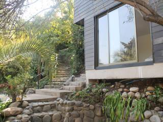 CASA DEL CERRO: Casas unifamiliares de estilo  por Vetas Sur, Rural