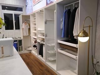 Phụ kiện tủ quần áo: scandinavian  by Flex House, Bắc Âu