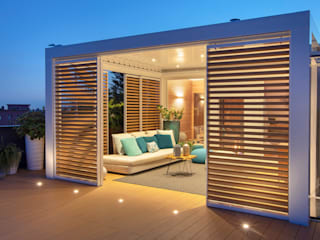 Pergola Bioclimatica Brianzatende Balcone, Veranda & Terrazza in stile mediterraneo Bianco