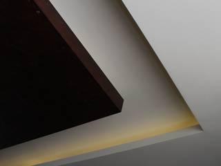 RESIDENCIAL JDP Paredes y pisos de estilo moderno de TANGENTE ARQUITECTURA Y CONSTRUCCIÓN Moderno
