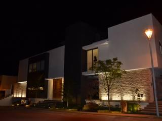 RESIDENCIA LA RIOJA ANCAR & ARQUITECTOS Casas modernas