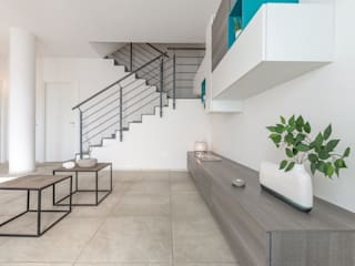 Salon moderne par Mirna Casadei Home Staging Moderne