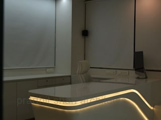 prarthit shah architects Study/office White