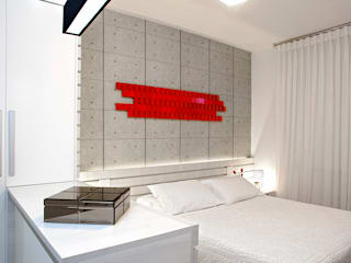 JOSE DIAZ FOTOGRAFIA Small bedroom Engineered Wood White