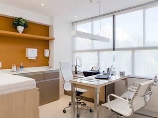 JOSE DIAZ FOTOGRAFIA Clinics Aluminium/Zinc White