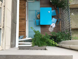 Modern Terrace by officine TNT Architecture Modern