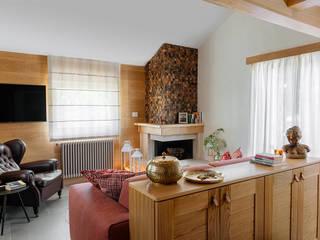 manuarino architettura design comunicazione Minimalist corridor, hallway & stairs Wood Brown
