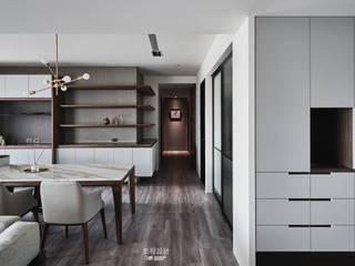 Taipei-L宅 现代客厅設計點子、靈感 & 圖片 根據 鉅程空間設計 現代風