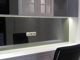 Apartemen Puri Mansion type Lock Off (2+1) Ruang Studi/Kantor Klasik Oleh HeXa Klasik