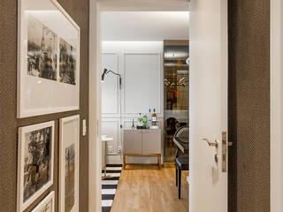 Pasillos, vestíbulos y escaleras de estilo moderno de Juliana Agner Arquitetura e Interiores Moderno