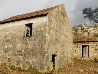 Casa da Formiga : Casas de campo  por Miguel Zarcos Palma,Moderno