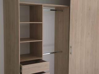 CLOSET 1: Habitaciones de estilo  por spatium consilium,