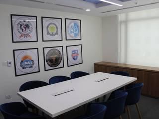 OFFICE DESIGN (ISM) : modern  by Matter Of Space Pvt. Ltd.,Modern