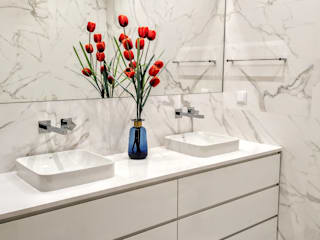Espaço de Ideias Modern bathroom Tiles White