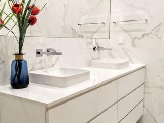 Remodelação de WC: Casas de banho  por Espaço de Ideias,Moderno