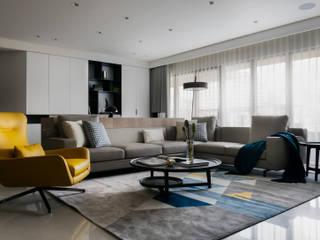 【融】– 程宅 现代客厅設計點子、靈感 & 圖片 根據 六木設計 現代風
