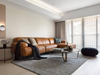 【南港】– 林宅 现代客厅設計點子、靈感 & 圖片 根據 六木設計 現代風
