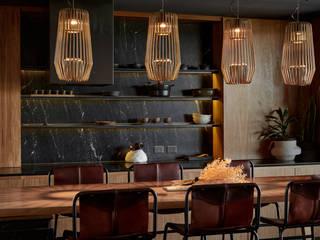 Cocinas de estilo moderno de T + T arquitectos Moderno
