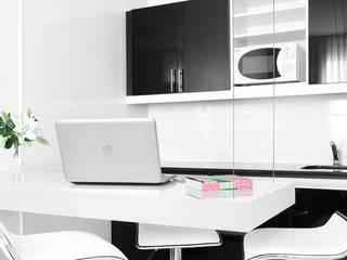 Cyan Hotel Hoteles de estilo minimalista de T + T arquitectos Minimalista
