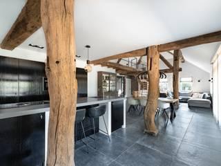 Moderne Mereno Manchester keuken in woonboerderij van Mereno Landelijk