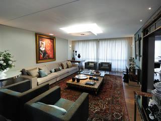apartamento em Caxias do Sul  RS: Salas de estar  por C2 Arquitetos,