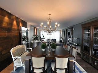 apartamento em Caxias do Sul  RS: Salas de jantar  por C2 Arquitetos,