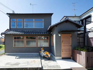 透き間の家 山本嘉寛建築設計事務所 YYAA 木造住宅 灰色