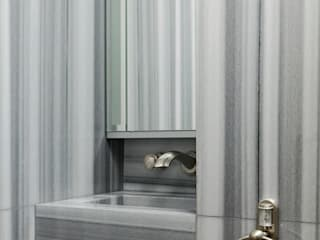 Modern bathroom by Marmo Elite srl Soc. Unipersonale Modern