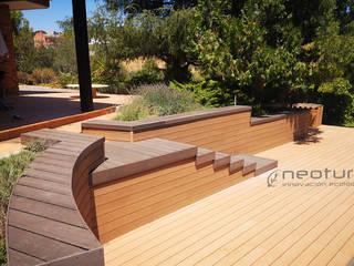 Tarima tecnológica y vallado exterior composite de Neoture Innovación Ecológica Moderno